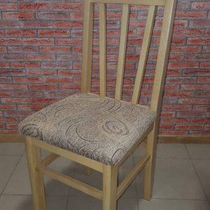 трапезен стол с тапицирана седалка